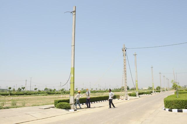 Vatika City Central - Electrification work & F block- 2