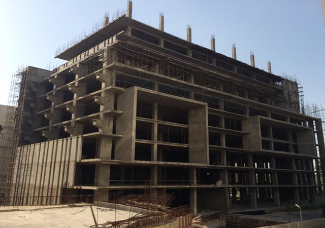 Vatika Mindscapes - Upto terrace floor casted and Pergola at 6th floor 50% complete.
