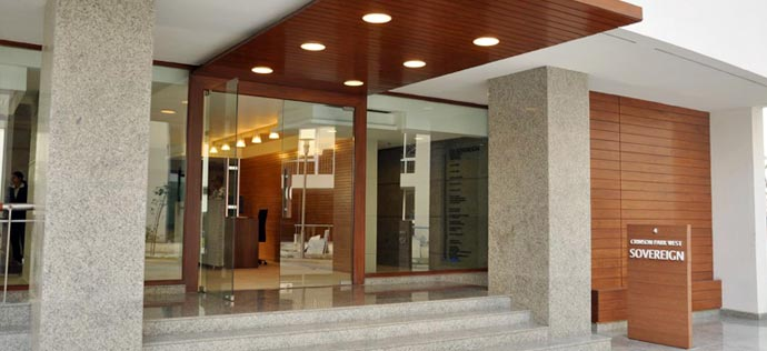 The Sovereign Apartments - Entrance of Sovereign tower 4